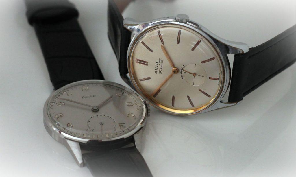 Dwa piękne, stare zegarki. Eska i Avia.