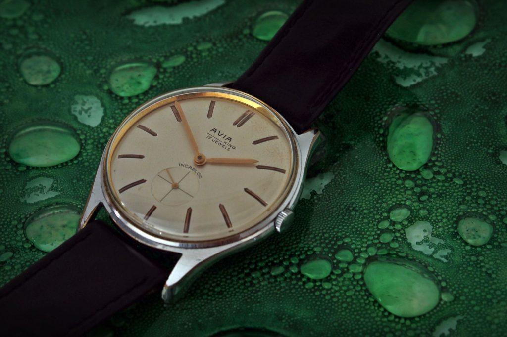 Avia - piękny, stary, męski zegarek. 34 mm, na ręcznie robionym pasku.